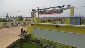 gerbang-2-kampung-islami-thoyibah-cibitung-bekasi